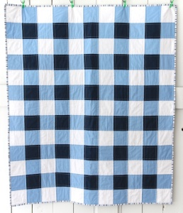 NAVY GINGHAM QUILT