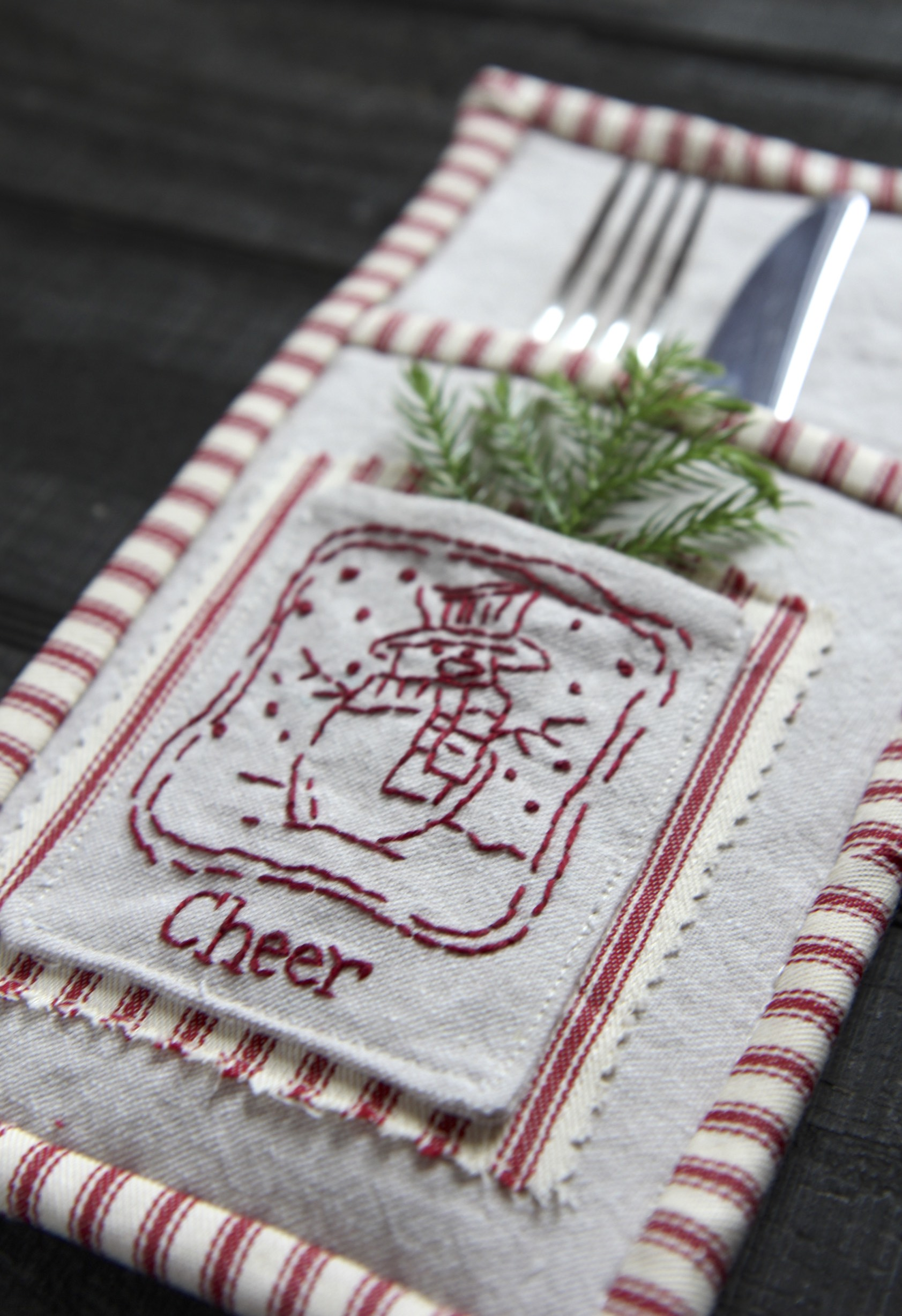 Cheer Flatware Holder