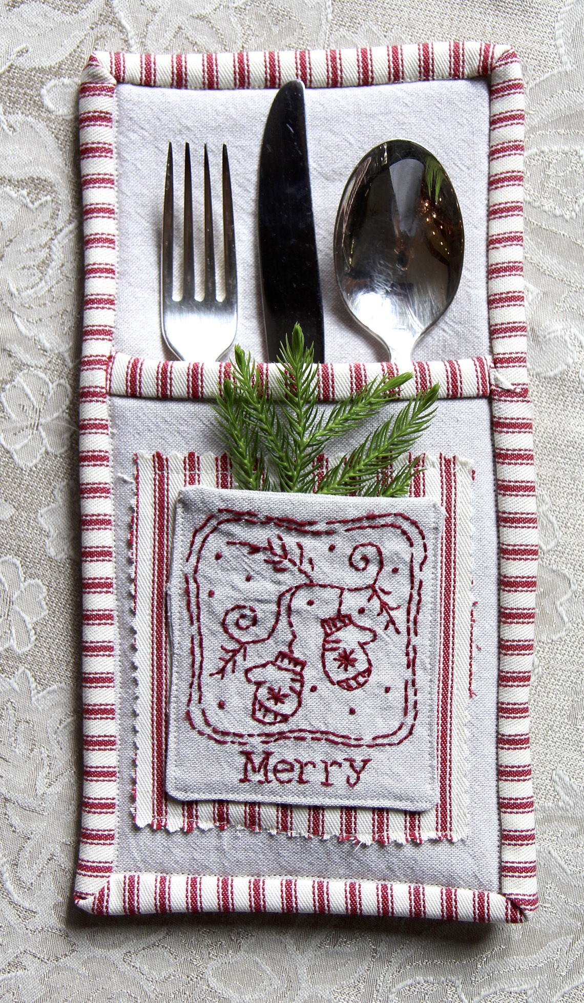 Merry Flatware Holder